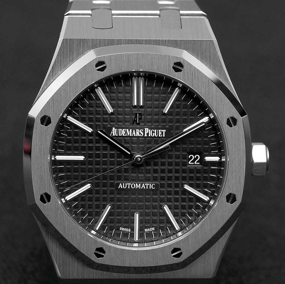 Top Three Best and Luxurious Watches in the World