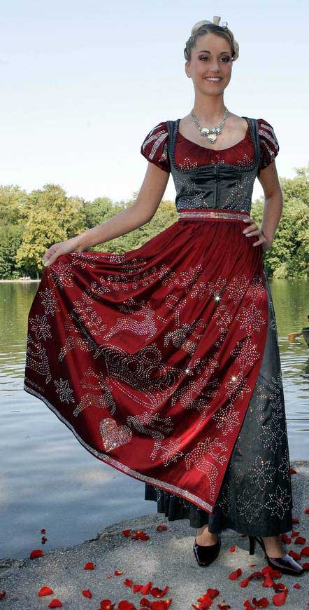 Top Te Most Expensive Dresses in the World