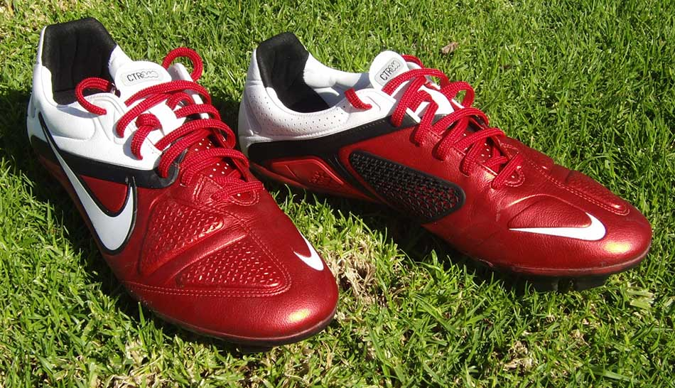 Top 3 Best Soccer Cleats Ever in the World