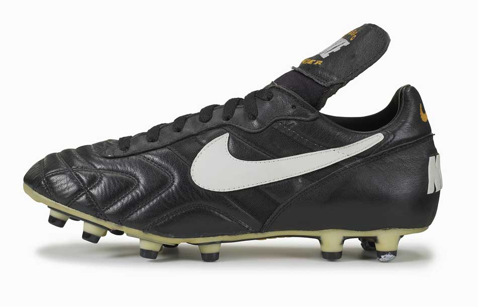 Top 10 Best Soccer Cleats Ever in the World