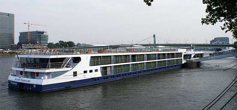 Top 5 Luxurious Suits of River Cruise