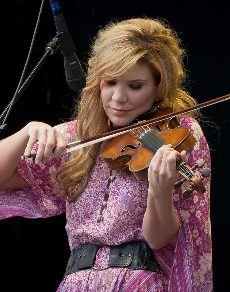 List of Top 10 Most Influential Folk Music Artists