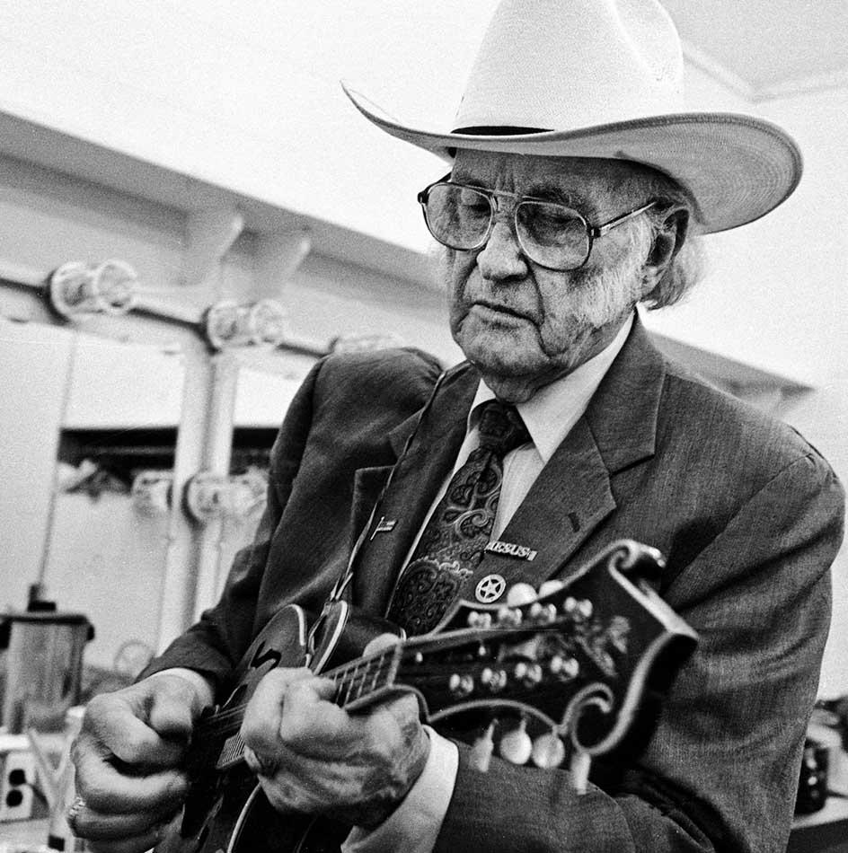Top 5 Most Influential Folk Music Artists