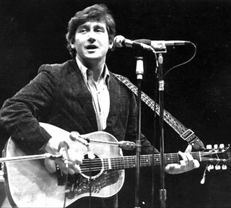 Top Five Essential Folk Music Singer Songwriters