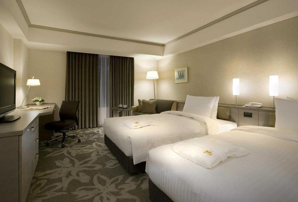 top ten rated hotels