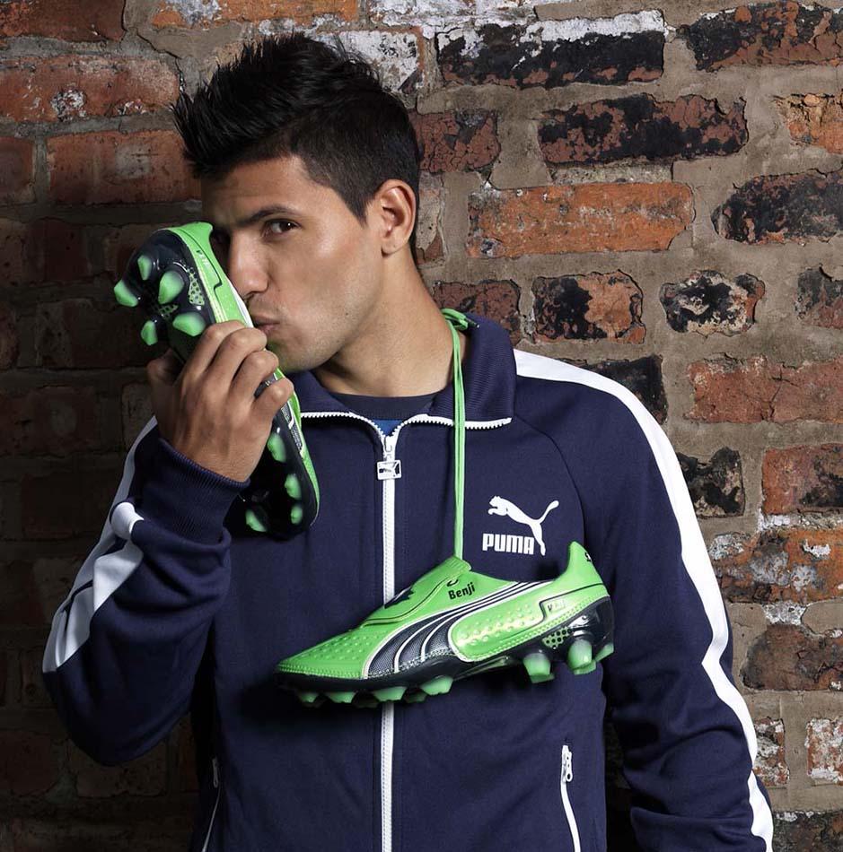 Top Ten Expensive Sponsors of Football Boot