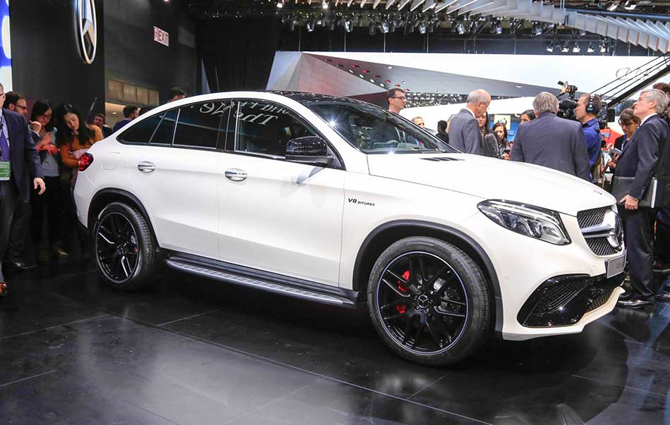 Top 10 Most Expensive Luxury Suv Cars in the World