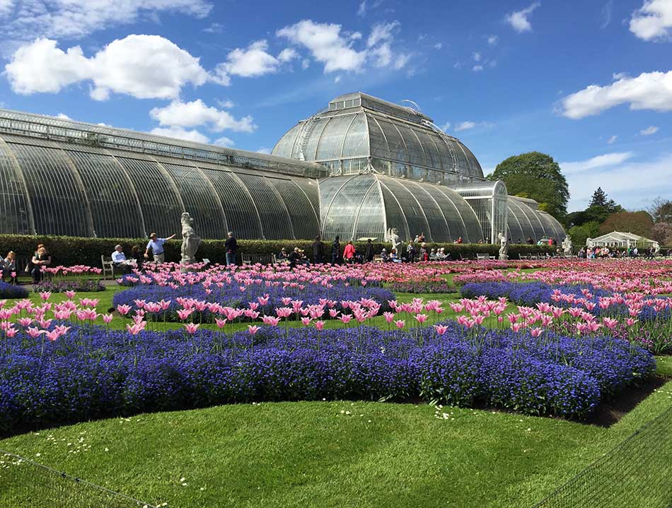 Top Three Most Luxurious Gardens Around the World