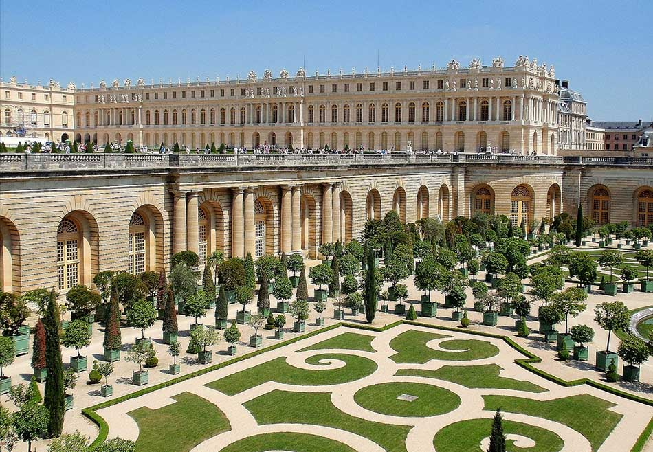 Top Five Most Luxurious Gardens Around the World