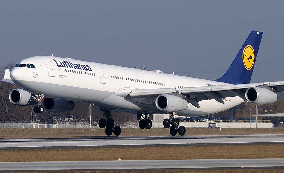 Top Ten Largest Passenger Aircrafts in the World