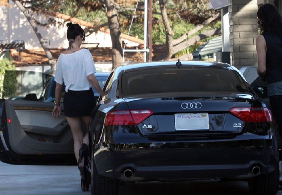 Expensive Cars own by Female Celebrities
