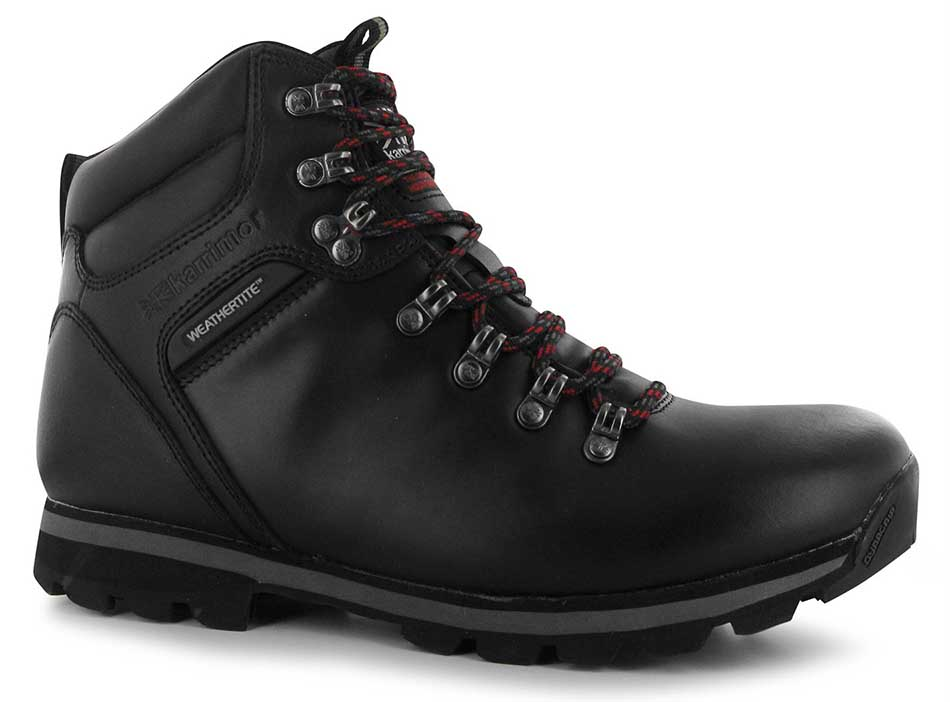 Top Ten Best Hiking Boots Available in the World