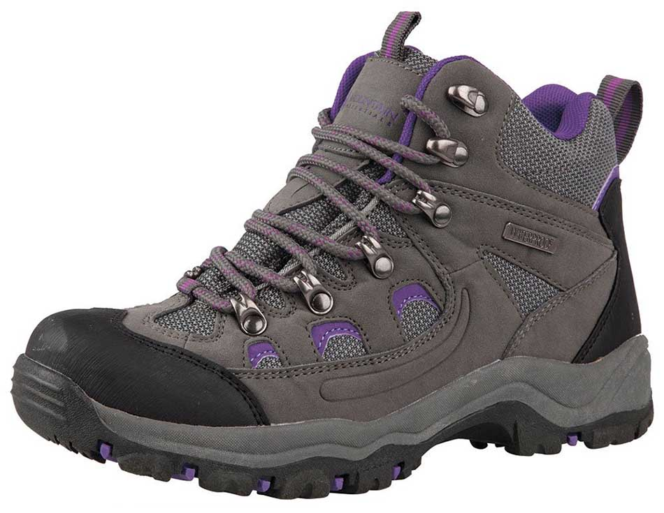 List of Top 10 Best Hiking Boots Available in the World
