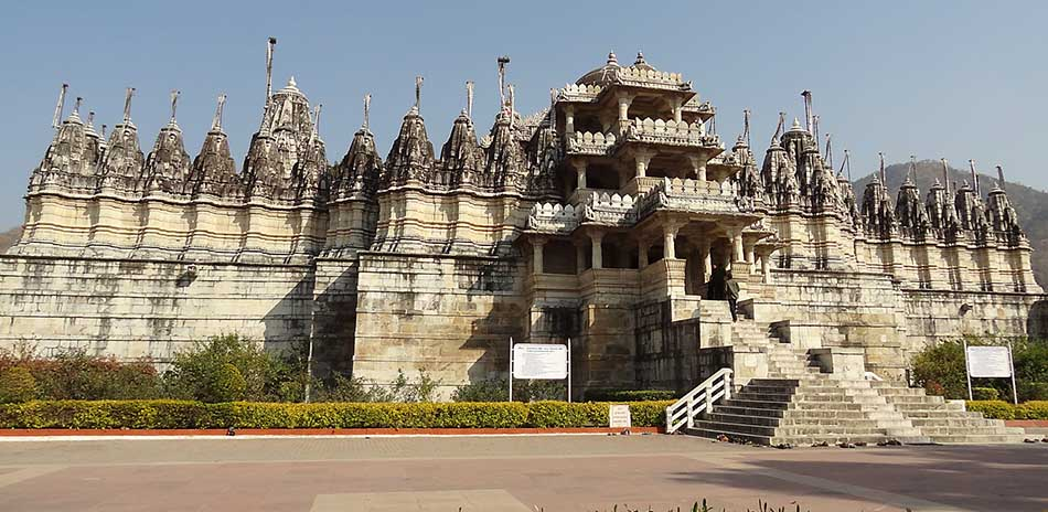 Top Ten Most Amazing Jain Temples in India